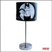 Lámpara negro de Audrey Hepburn