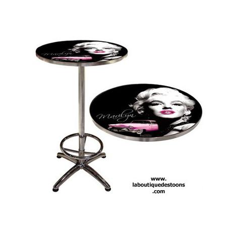 Tabelle bar Marilyn Monroe-Legende