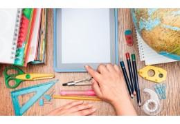 Quelles fournitures scolaires avoir en double à la maison ?